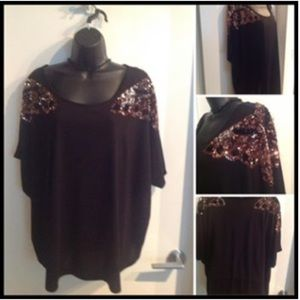 Sweaters - NEW Sequinned Butterfly Top Sz 2X